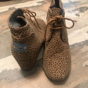 Toms small leopard print wedge booties